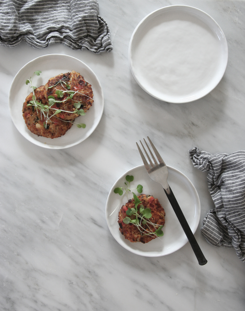 Fennel, red pepper & Dijon crab cakes